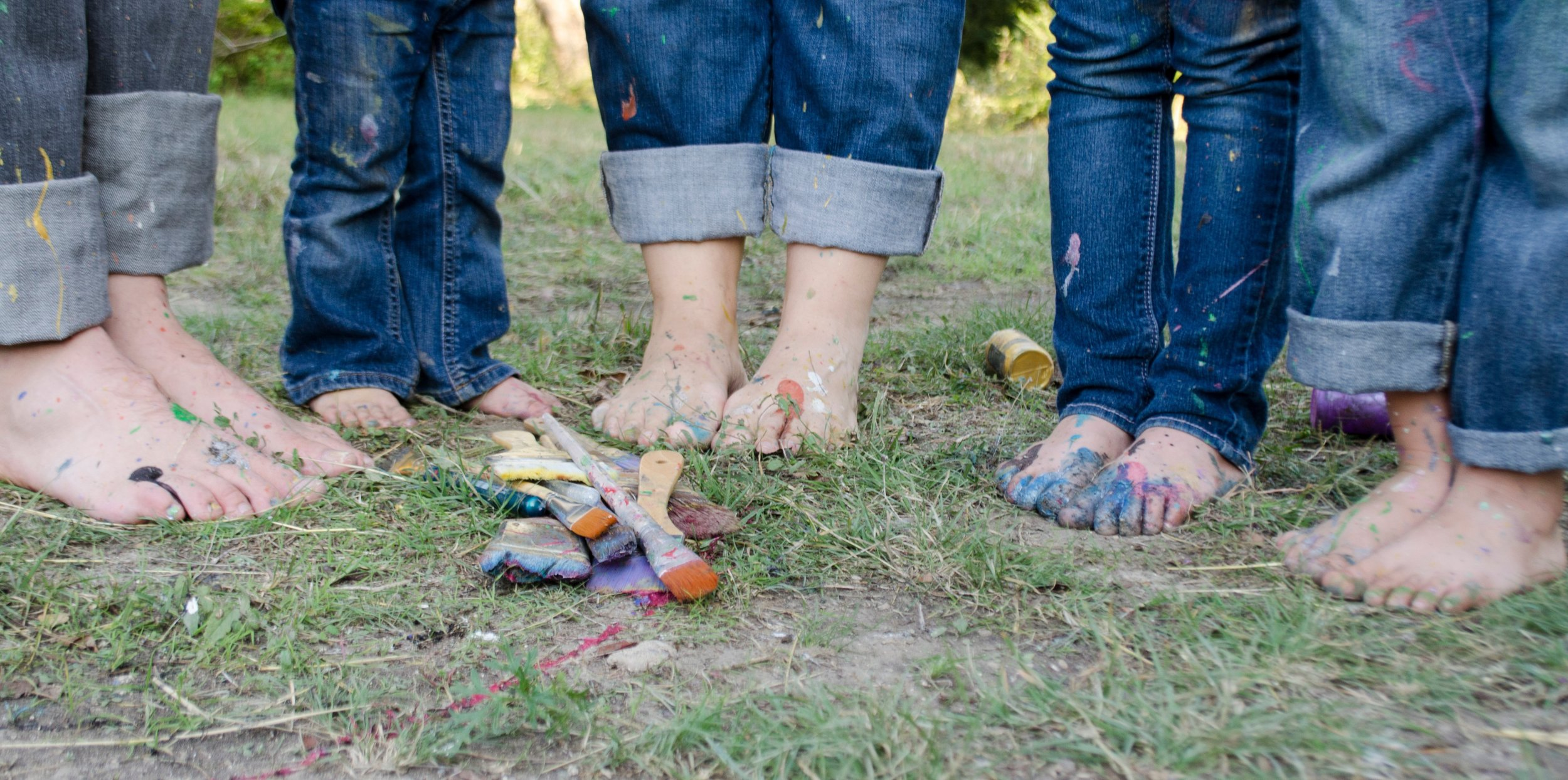 Photo Credit:  https://pixabay.com/photos/family-family-pictures-feet-kids-1839662/