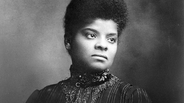 #womenwhodare : Yesterday in Chicago, there was the first street named after a woman and a person of color, IDA B. WELLS, thanks to @aldsophiaking . Wells was an investigative journalist, and civil rights movement leader who founded the National Association for the Advancement of Colored People. #happyblackhistorymonth #blackhistorymonth #idabwells #blackwomenrock #shewhodares