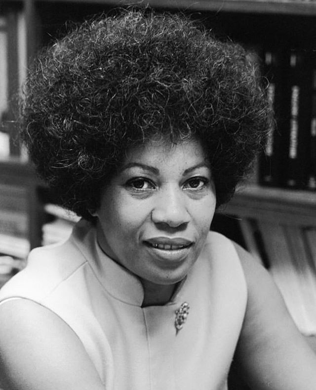 """Happy birthday, Toni Morrison 🎂 """"if there is a book that you want to read, and it hasn't been written yet, you must be the one to write it."""" #womenwhodare #strongwomen #blackwomenrock #blackhistorymonth #shewhodares #tonimorrison #happybirthday"""