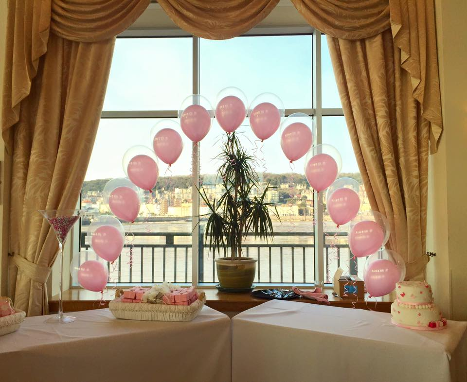 Balloon Arches look great over an entrance, Top table, Cake table or pretty much anywhere.