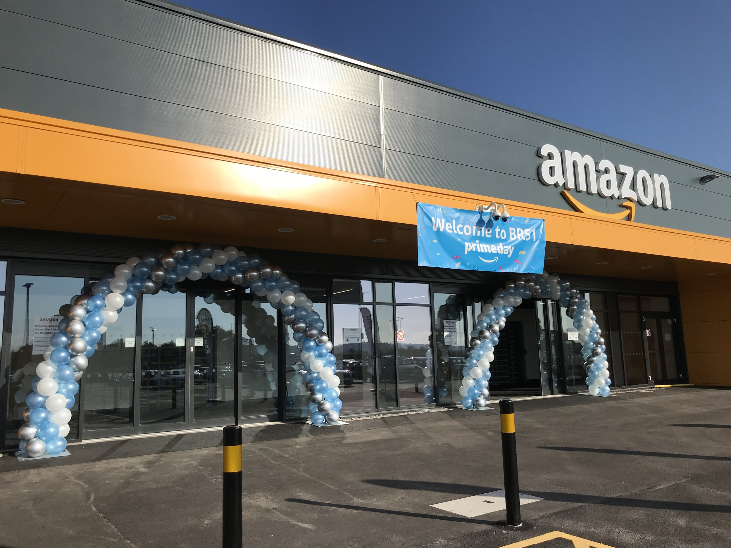 Amazon Prime Day Balloon Arches