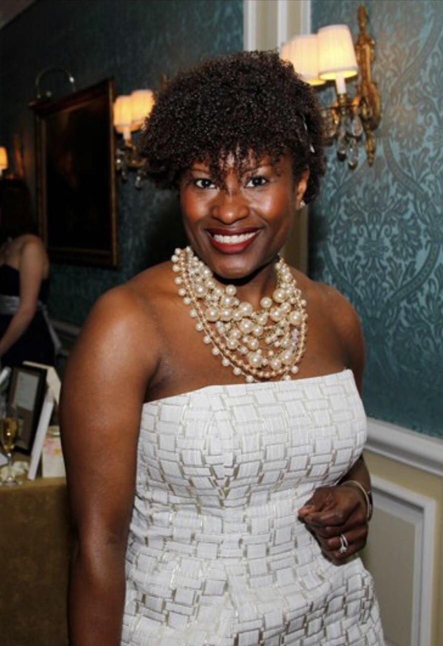 Liz Agbor-Tabi Oton | @wifeofmro