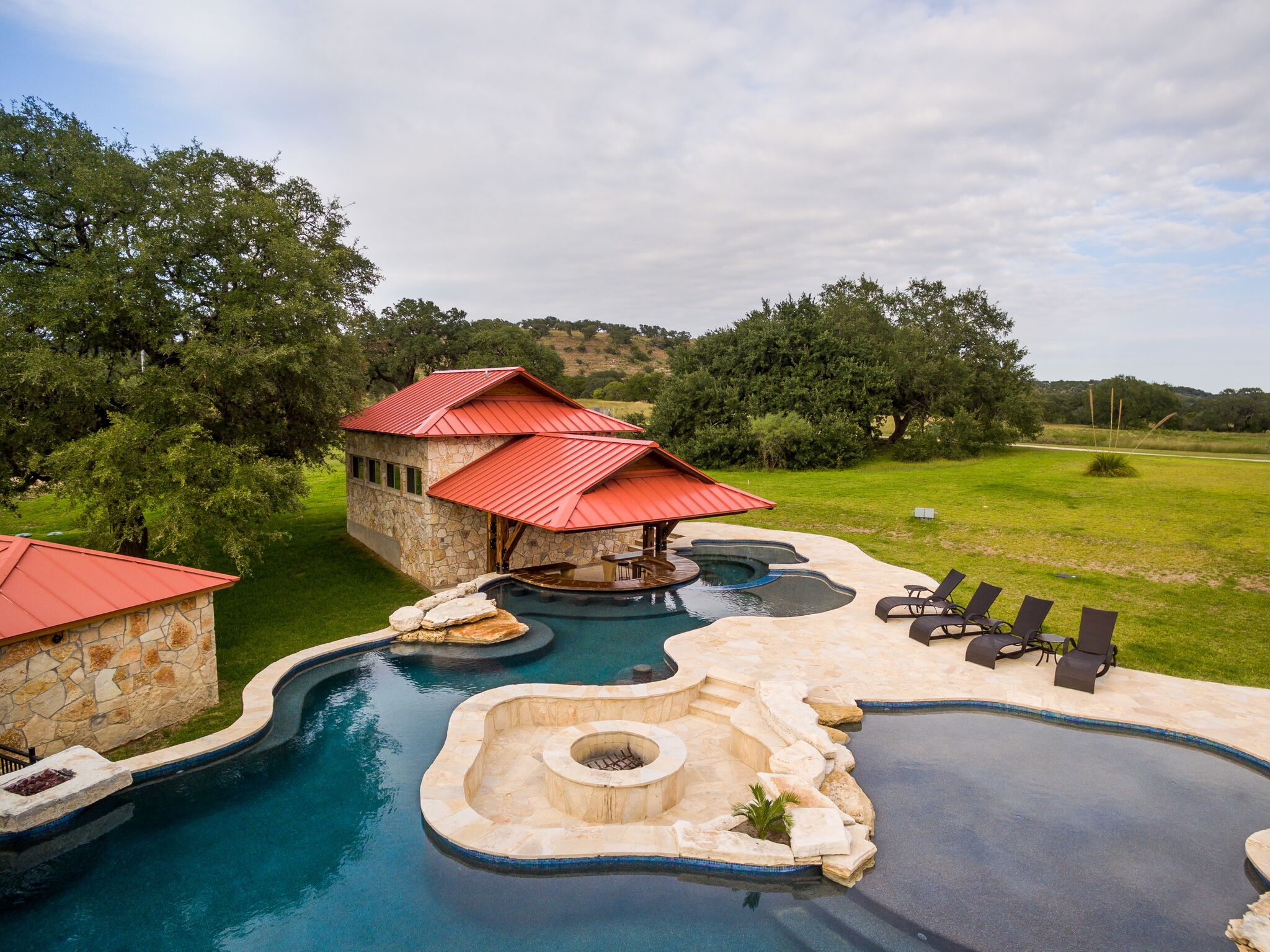 Outdoor Living Space in Texas Hill Country
