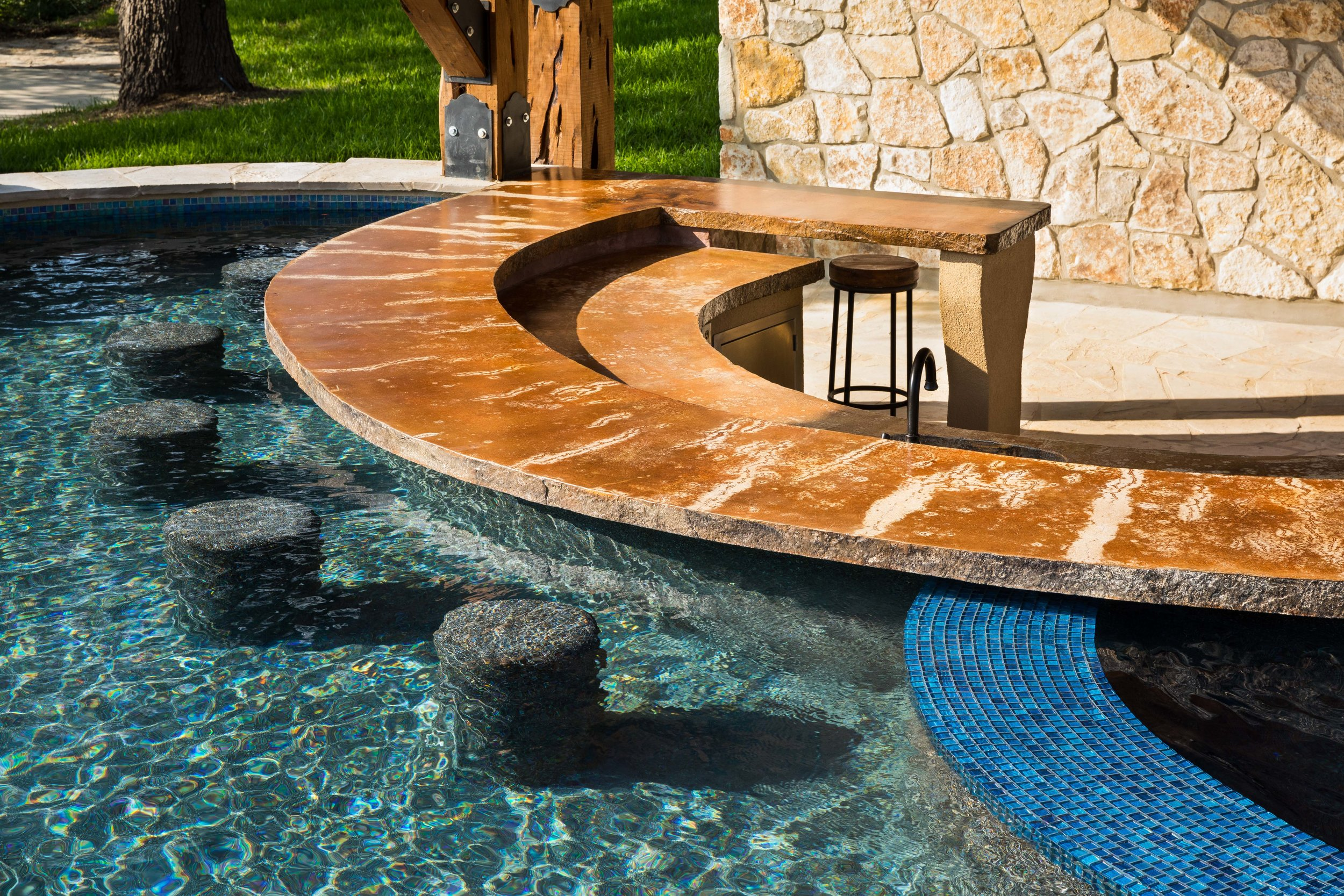 Custom Pools and Spas Hill Country