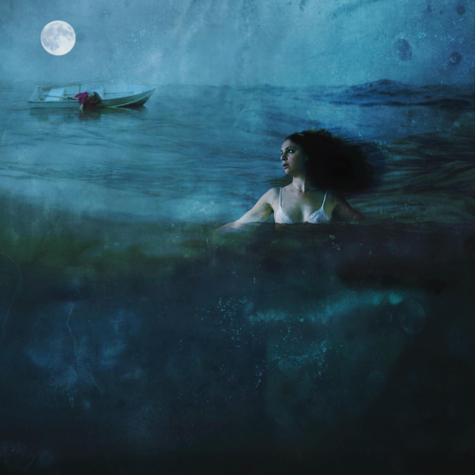 half-underwater3.jpg