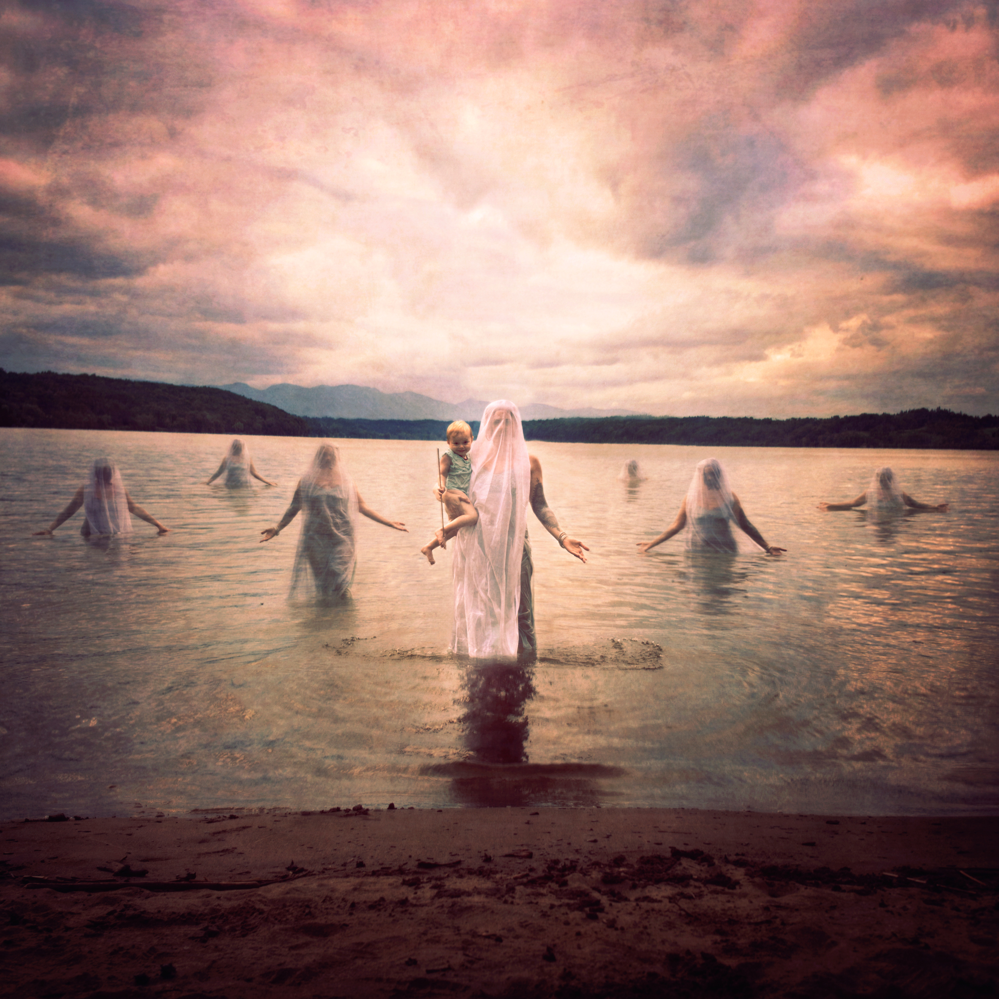 Jen-Kiaba-Surreal-Fine-Art-Womens-emergence copy2less center light.jpg