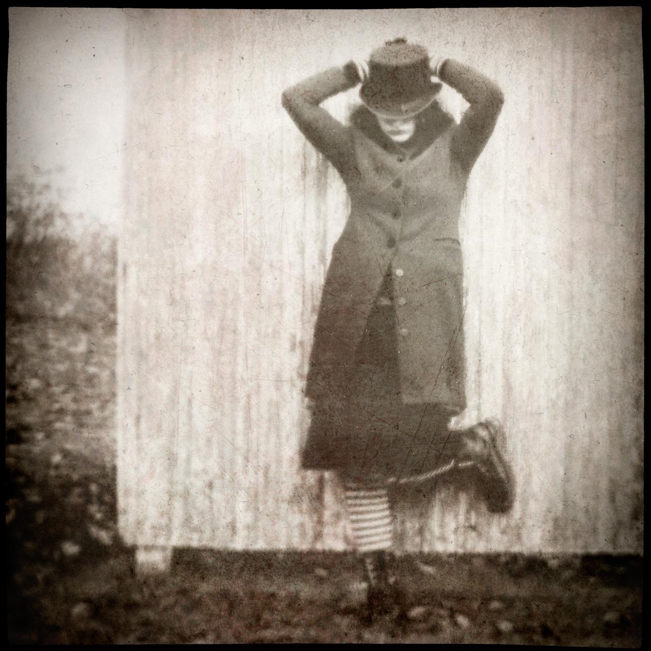 Jen-Kiaba-fine-dont-wake-scarecrow--7.jpg