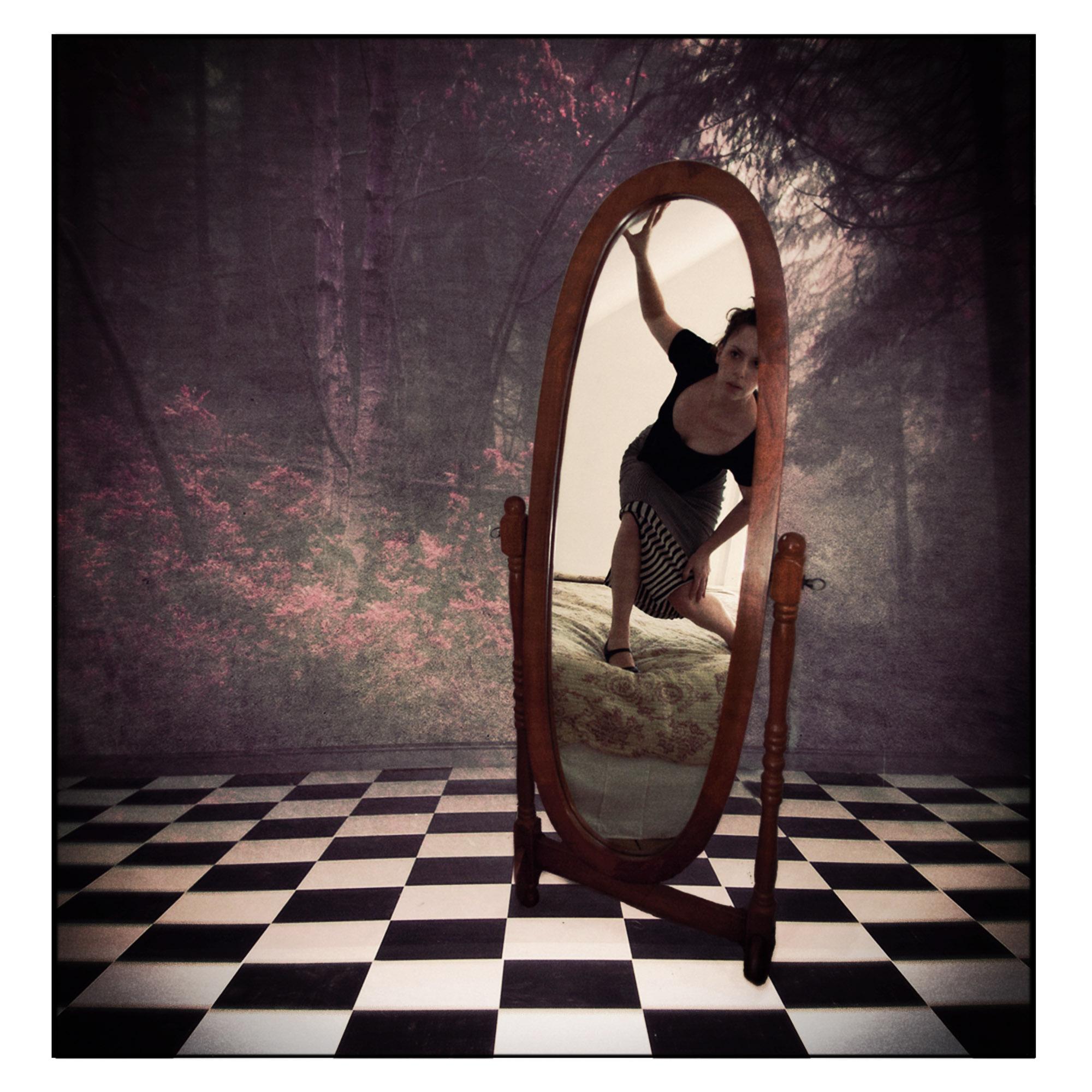 JenKiaba-Mirror-Mirror.jpg