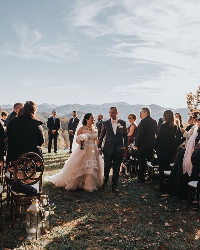 So recently this past week I went and took a mini vaycay & camped allll over in the #greatsmokymountains and couldnt help but think back to this jaw-dropping #fall #Northcarolinawedding with one hell of a #view ..I cant wait to go back there again.. Every. Summer. This is now a mandatory thing  LOL . Dont worry 🔥 there will be plently of photos coming soon from the trip! 😉 . . . . . . . #asheville #ashevillewedding #smokymountainwedding #smokymountainsnationalpark #blushweddingdress #horsehairweddingdress #layeredweddingdress #mountainlight #outdoorweddingvenue #sbvisionwedding #sarahbocinskyphotography #marthastewartweddings  #greenweddingshoes #cocomelody #ruffled #sunsetwedding #heywildweddings #blueridgewedding #blueridgeparkway