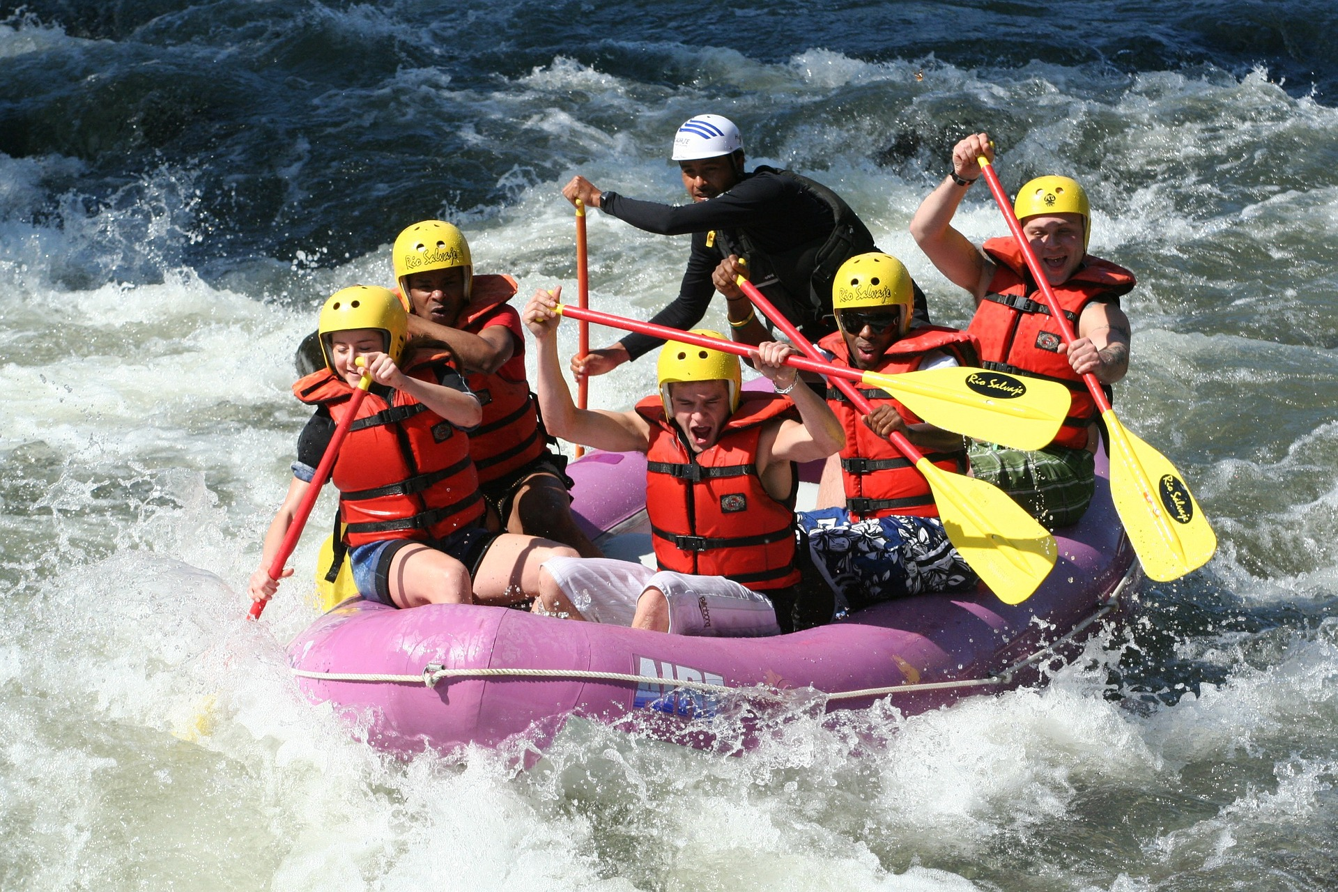 White Water Rafting - Enjoy the rapids and go white water rafting in Snowdonia! Bala Watersports, Get Wet and The National White Water Centre are all under an hour away from Llys Tanwg!