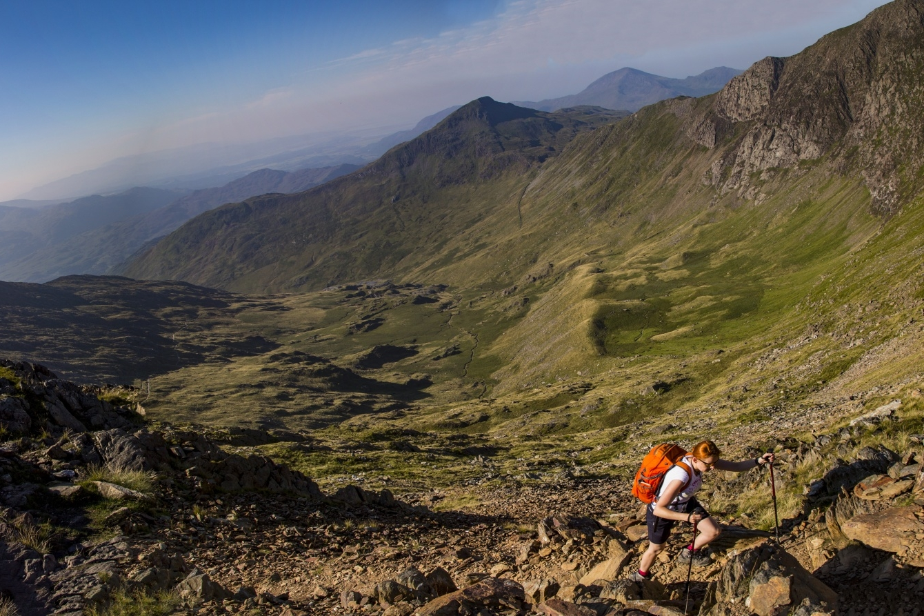 Hiking & Walks - Located at the foot of the Snowdonia mountains, there are numerous stunning hikes that can be taken from Llys Tanwg. Click here for the National Trust's Top 10 walks in Snowdonia.