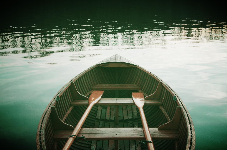 InNature_rowboat-sugata-retreats-kamakura.jpg