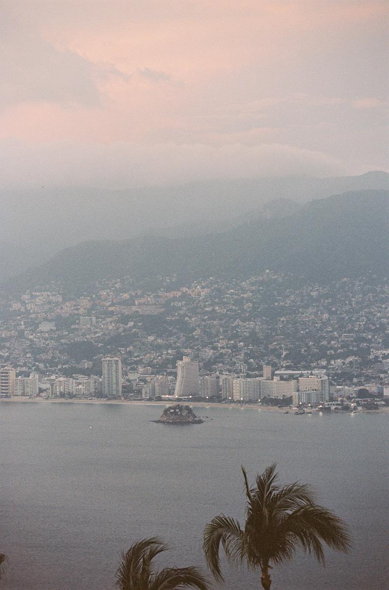cameron_hammond_lspace_acapulco030.jpg
