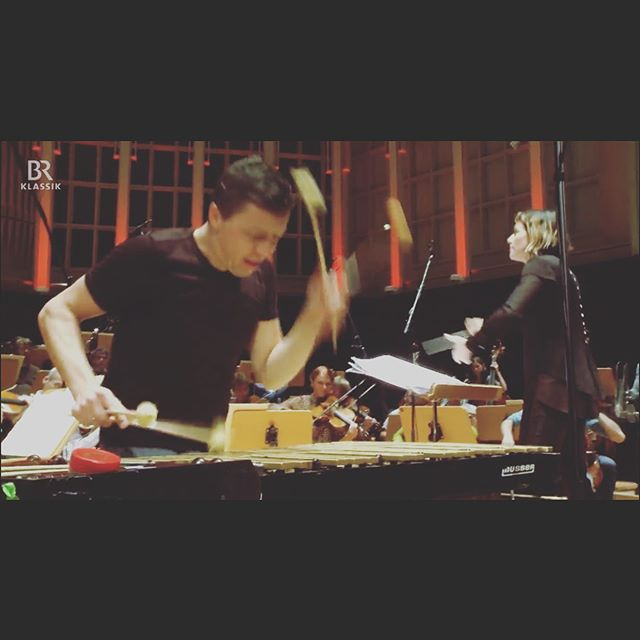 Tonight is the first #klickKlack on TV this season!! We filmed at the @musikfest_bremen with @dkambremen and @alondradlp - don't forget to watch!!! . . #mygroove #percussion @keynote_artist_management #br #brtv