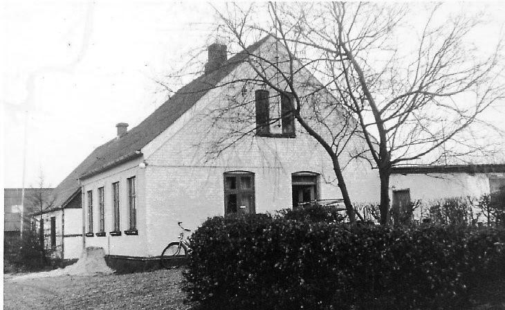 Heimili þeirra Ketty og Børge á Kjelbjergvej 16 í Toustrup st (Mynd frá Lissie Lemming)