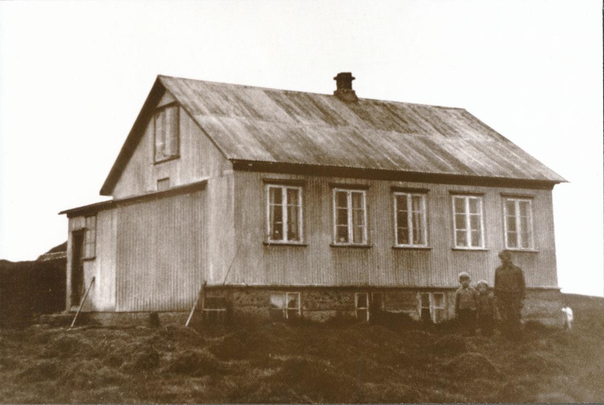 Fyrsta læknishúsið 1932-33 (óþekktur ljósmyndari)