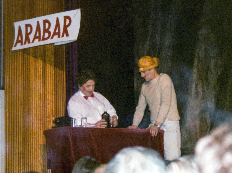Georg og Gunnlaugur í hlutverkum við Arabar.