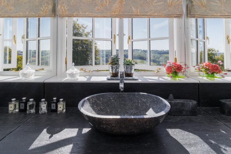 Bathroom slate sink.jpg