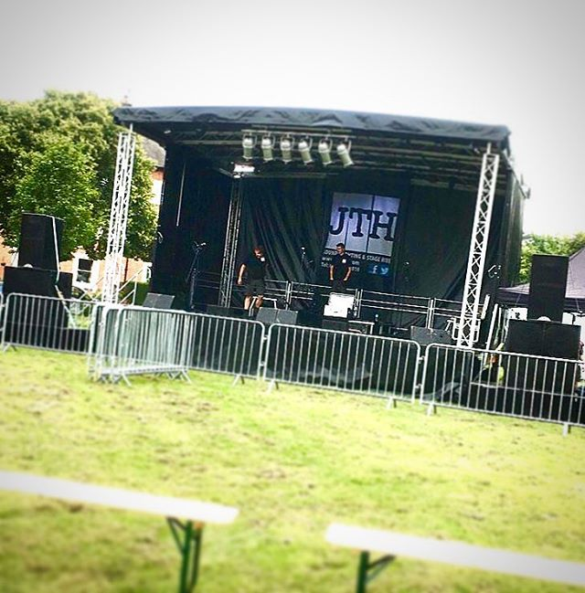 One snap from our Very busy weekend. This was today's set up for Leicester Tigers - Tigers in the park #leicestertigers #tigersinthepark #festival #stage #jthevents #jthire #watchthisspace #aiminghigh #youngentrepreneur #businessowner #eventhire #eventscompany #stagehireleicester #music #livemusic