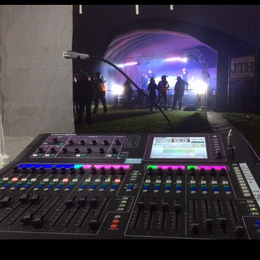 Picture from a while back playing with the Allen & Heath GLD-80 digital mixer #allenandheath #allenandheathgld80 #gld80 #mixer #digital #pahire #events #stagehire #soundsystemrental #jthire