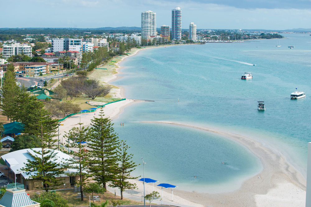COASTAL IS KING WHEN IT COMES TO QUEENSLAND'S PROPERTY MARKET   news.com.au Michelle Hele, March 12, 2018   COASTAL is king when it comes to Queensland's property market with new figures revealing both the Gold Coast and Sunshine Coast have outperformed Brisbane.   READ ARTICLE > news.com.au