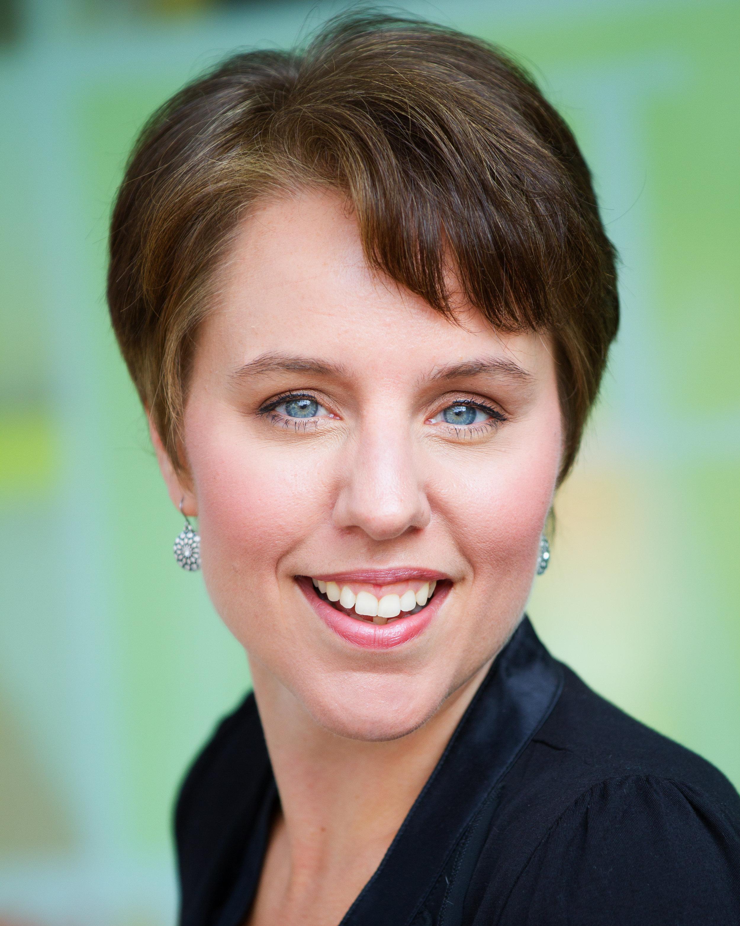 Sharon Byrnes Top headshot-1.jpg