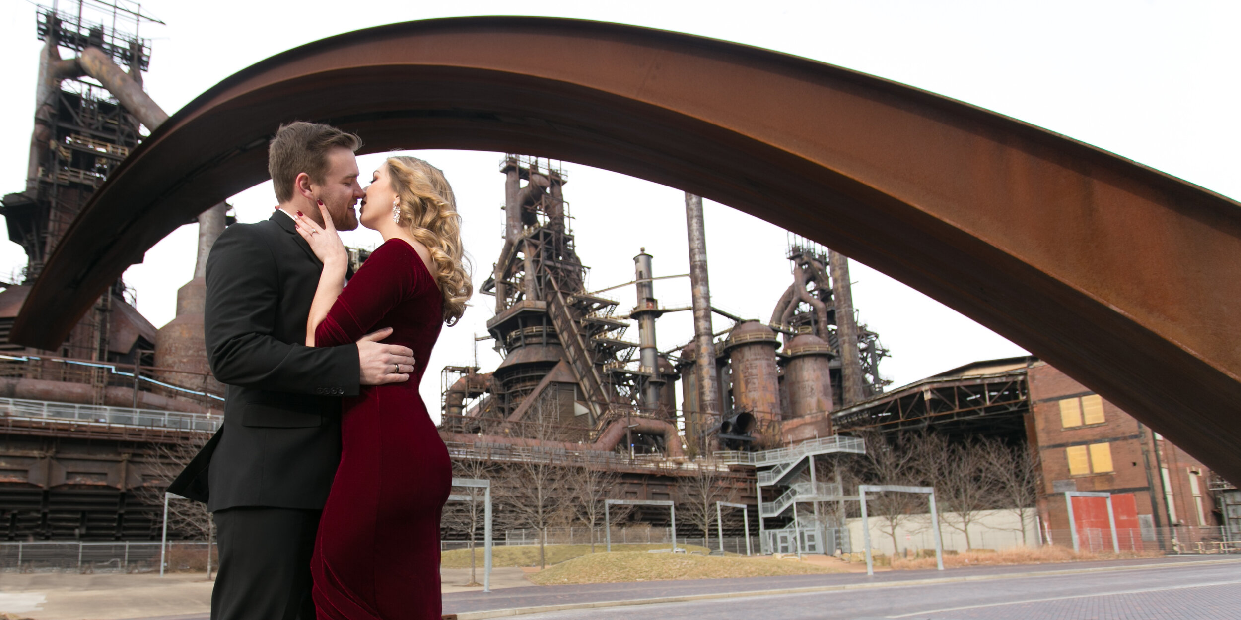 How To PrePare For Engagement Photos -