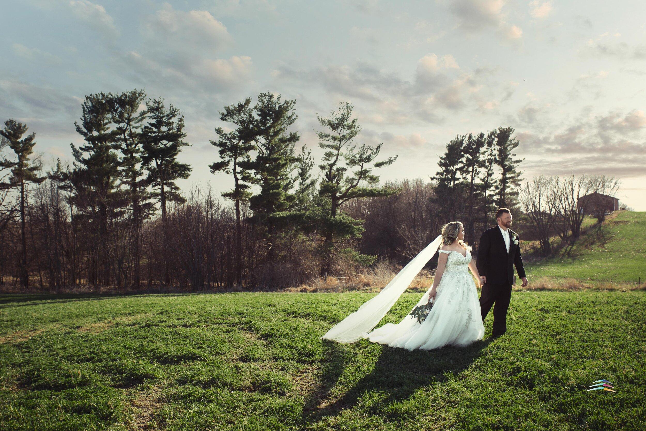 Iowa-Wedding-Maxwell-2018-Lightmaster-Studios-.jpg