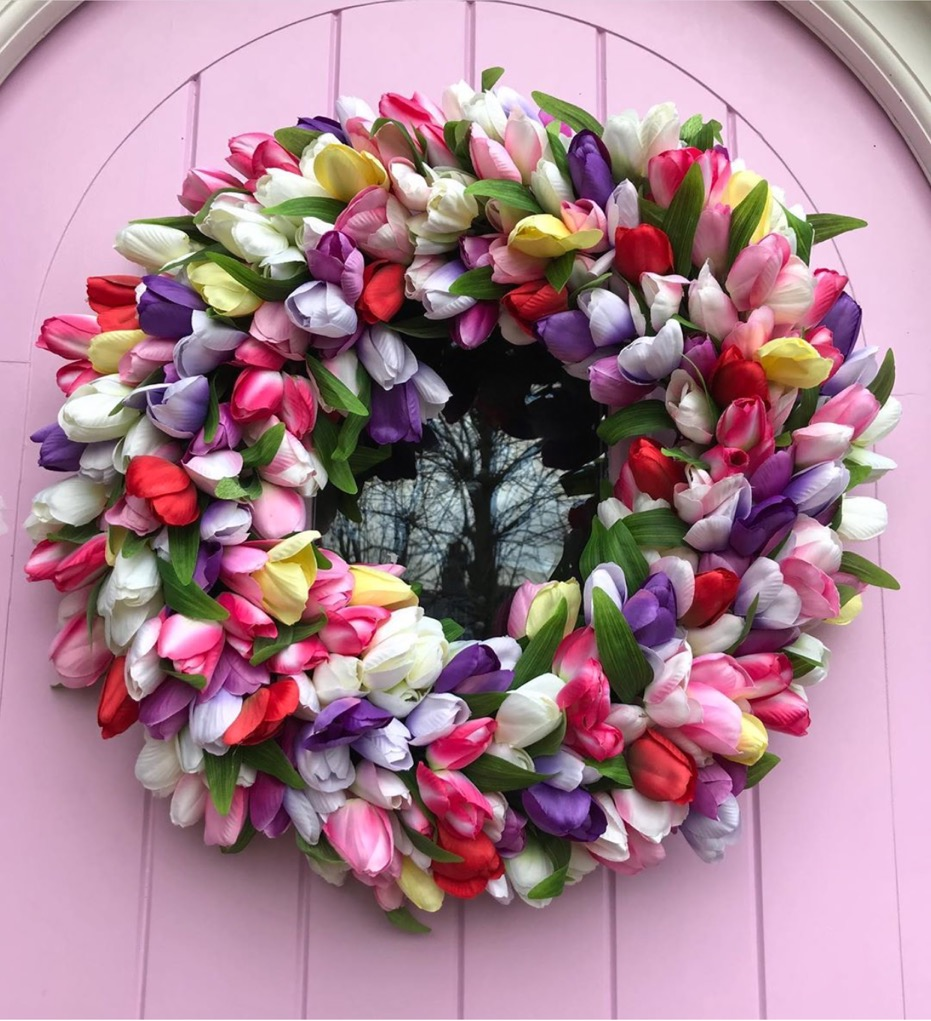 Multi coloured tulip wreath -  @thebigdoorwreathcompany