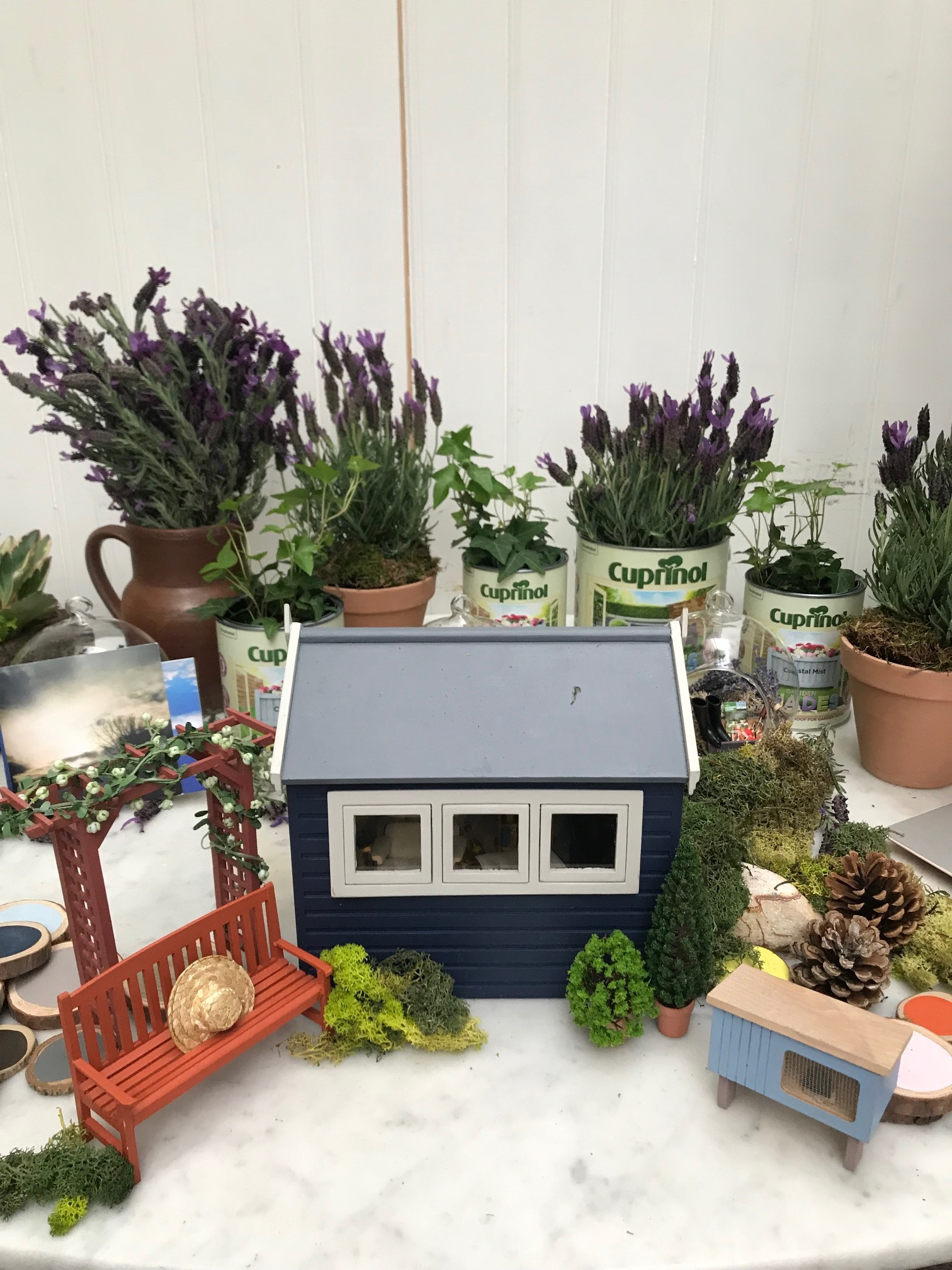 A cute miniature display