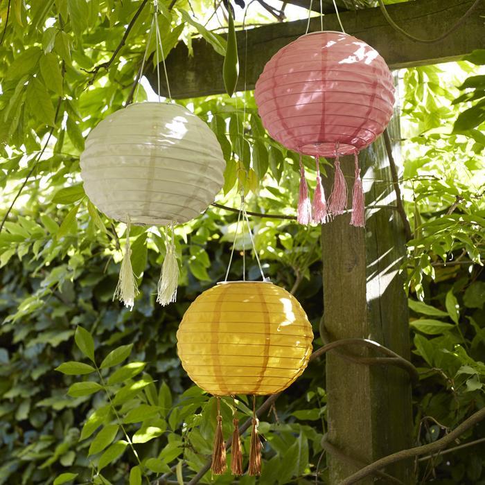 Tassle Lanterns