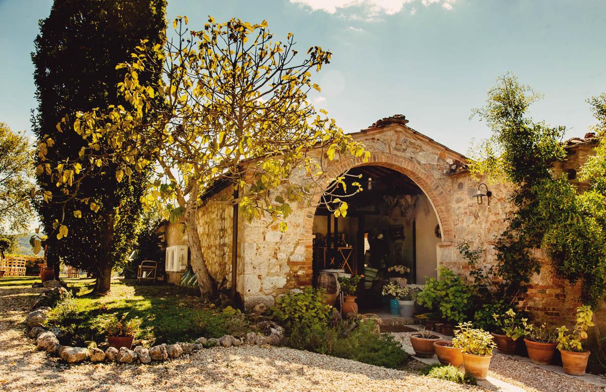 Villa Montecastello Shop.jpg