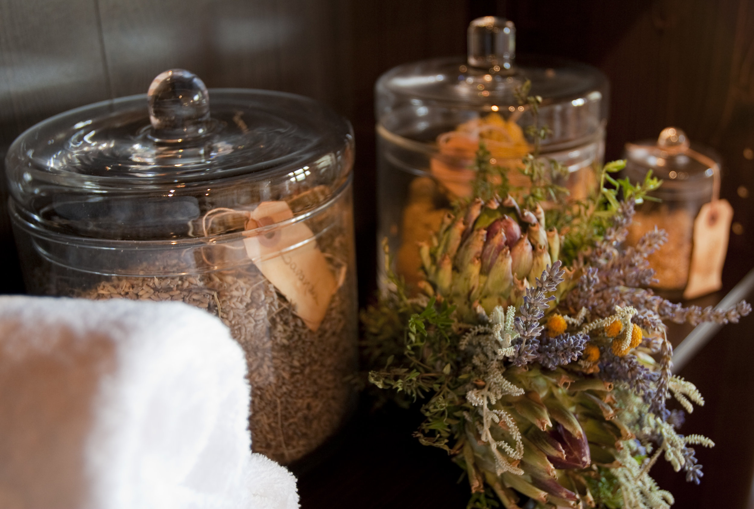 herbal treatments.jpg
