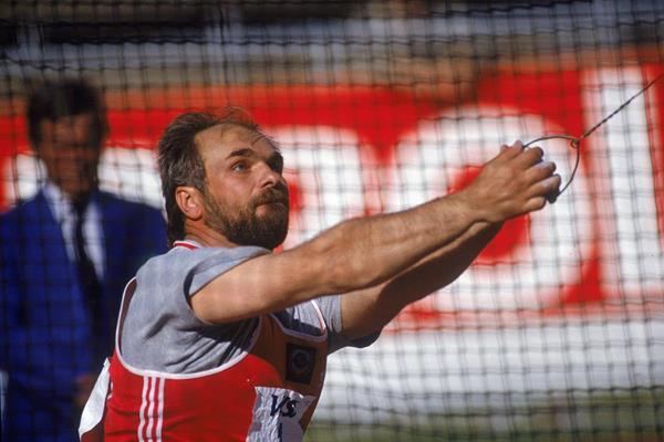 - Yuriy Sedykh | current world record holder in the hammer