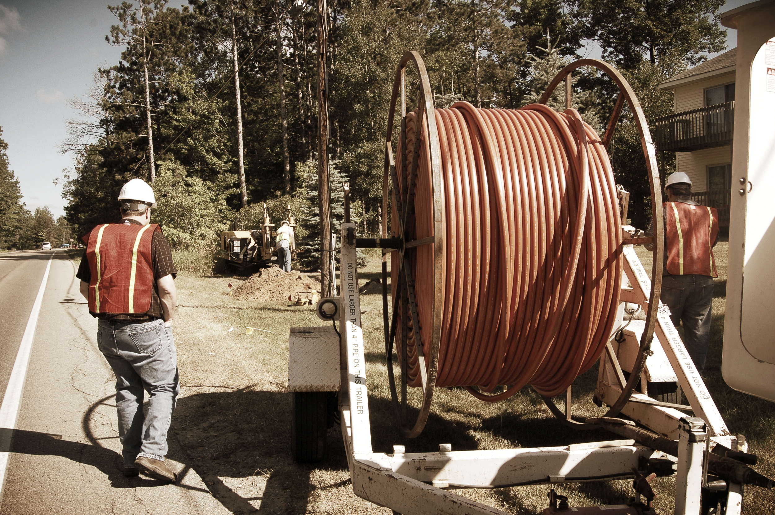 We are a proven and trusted provider of OSP construction services for townships, campuses and multi-building environments. We have the expertise, equipment and personnel to place copper, fiber optic and coaxial cable in a variety of operating environments including aerial, buried and underground.