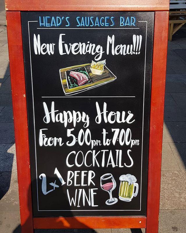 HAPPY HOUR @heapssausages in Deptford from 5pm  to 7pm... #happyhour @happyhourtr #deptfordmarket #deptfordmarketyard #deptfordbridge #lewishamlocal #lewisham #greenwichpark #greenwich #london @ginandbeer @fourpure #germanlager #espressomartini #martini #vodkamartini #student #goldsmiths