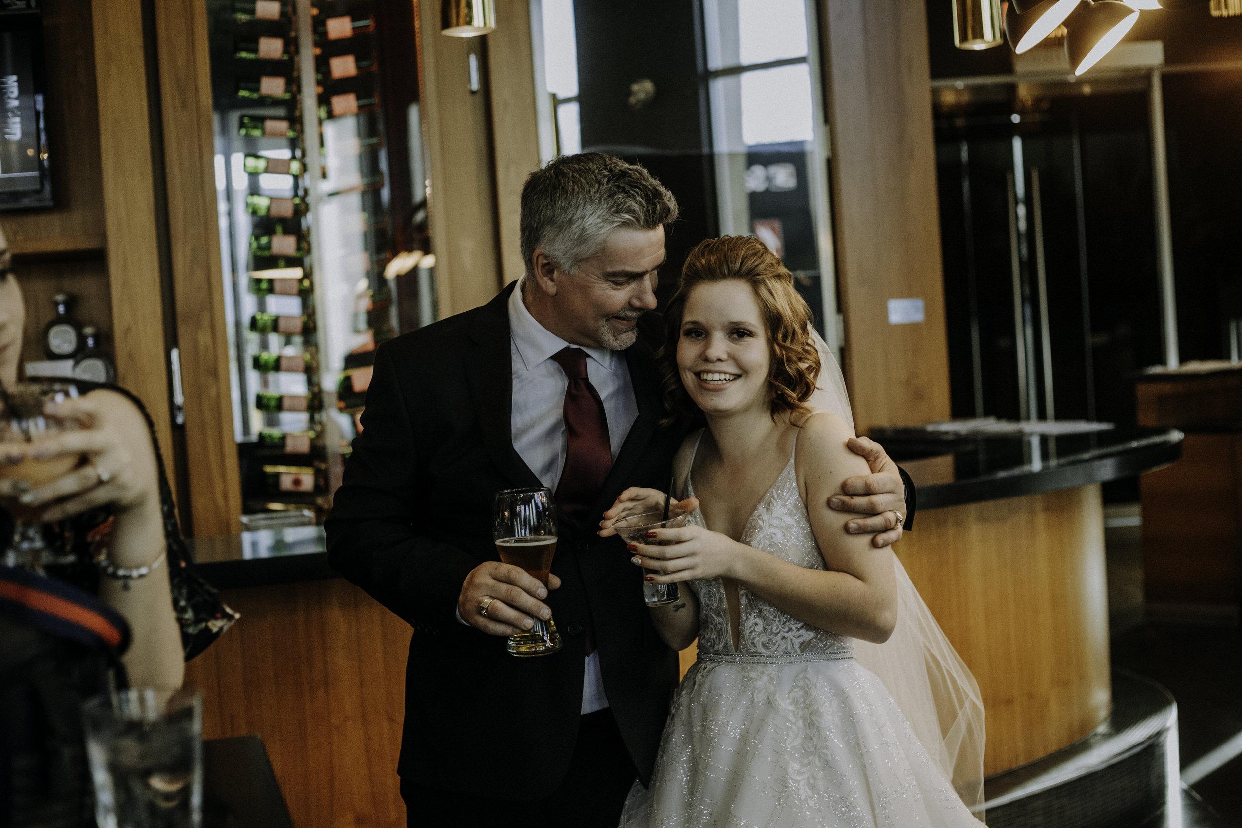 weddingcouplelove-161.jpg