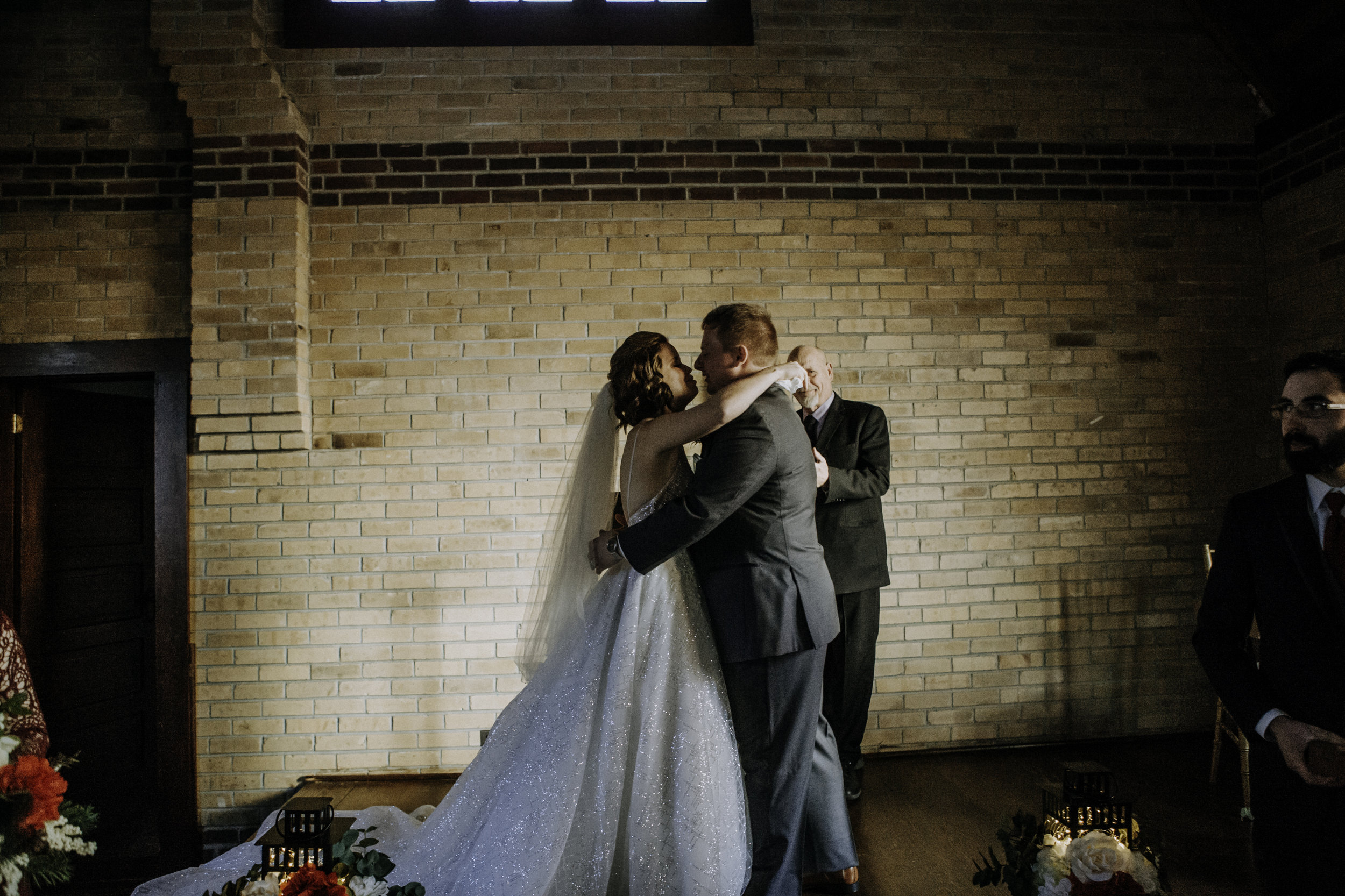weddingcouplelove-70.jpg