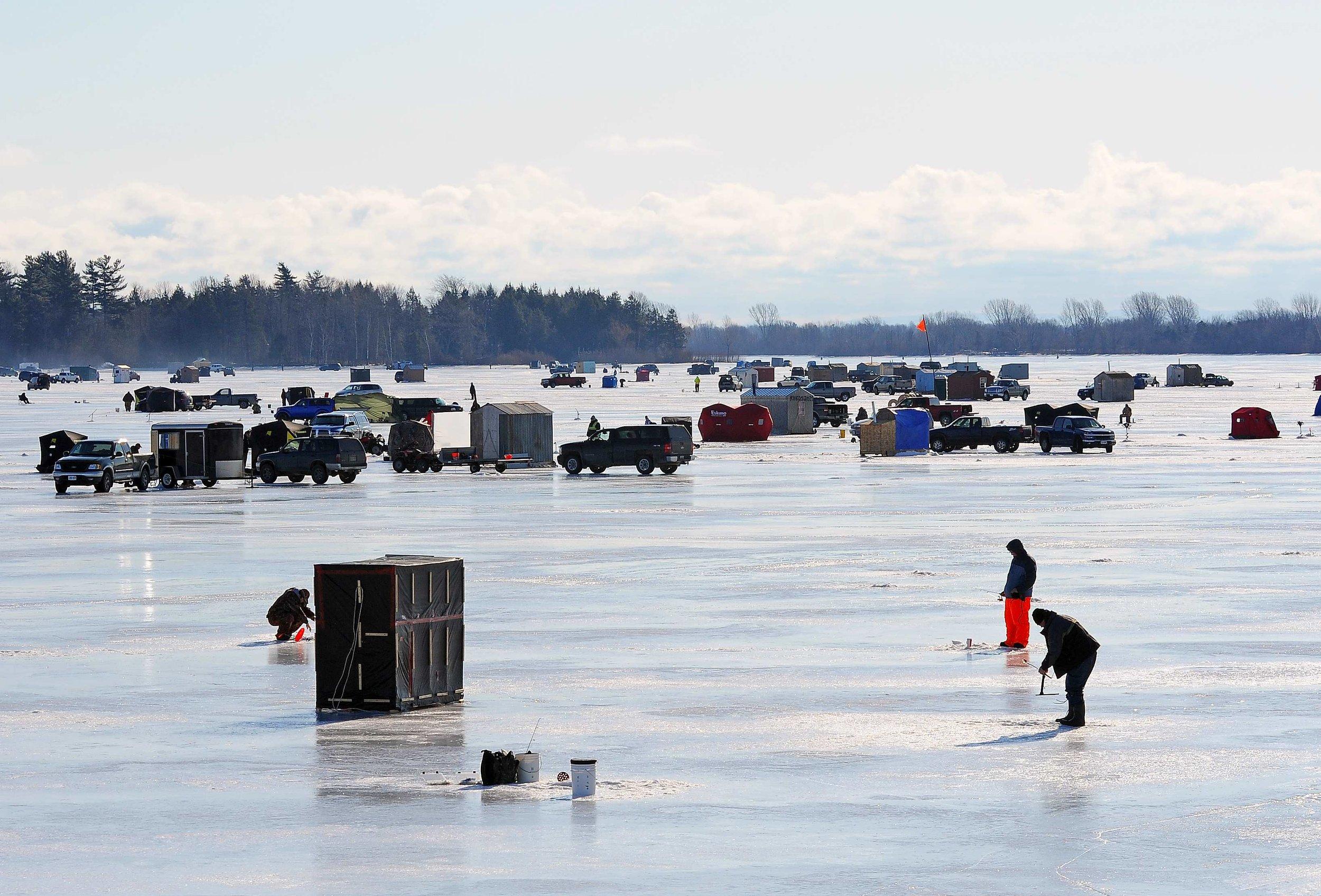 15 - Ice Fishing- Hoople Creek.jpg