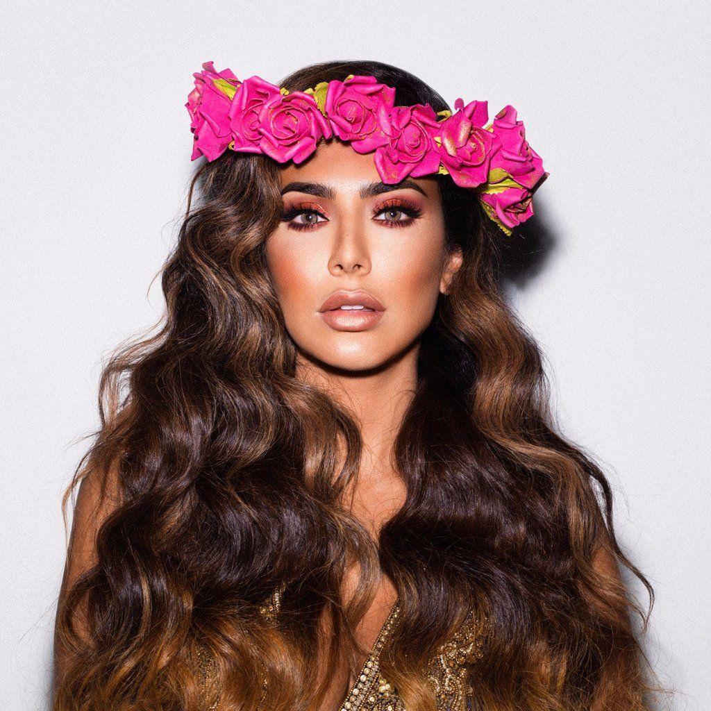 Huda Kattan flower crown.jpg