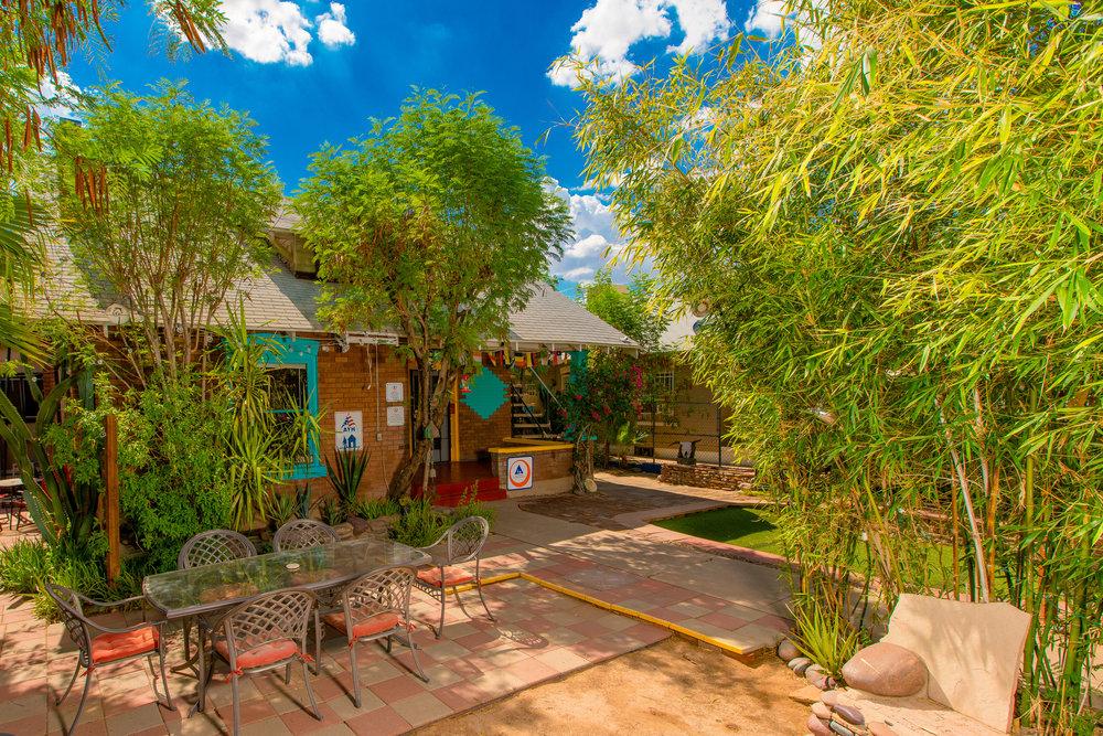 Phoenix Hostel & Cultural Center