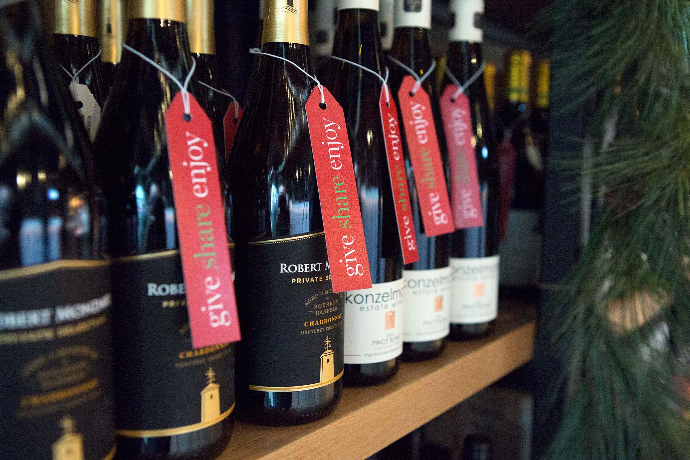LCBO-holiday-pop-up-gift-tags-wine-bottle-Toronto-Sputnik-Design-Partners.jpg