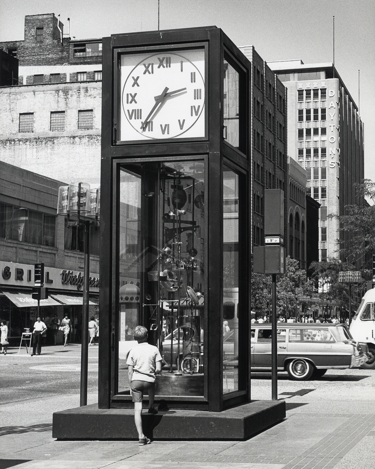 Sculpture Clock installed, 1968