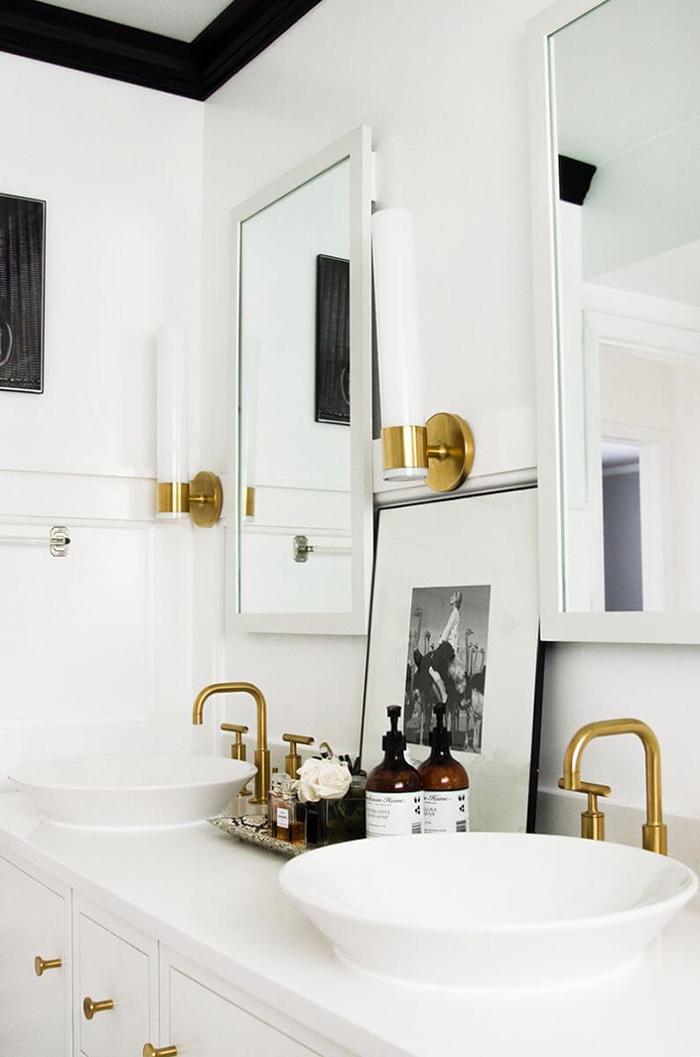 livvyland-design-crush-subway-shower-tile-brushed-gold-brass-bathroom-hardware-5.jpg