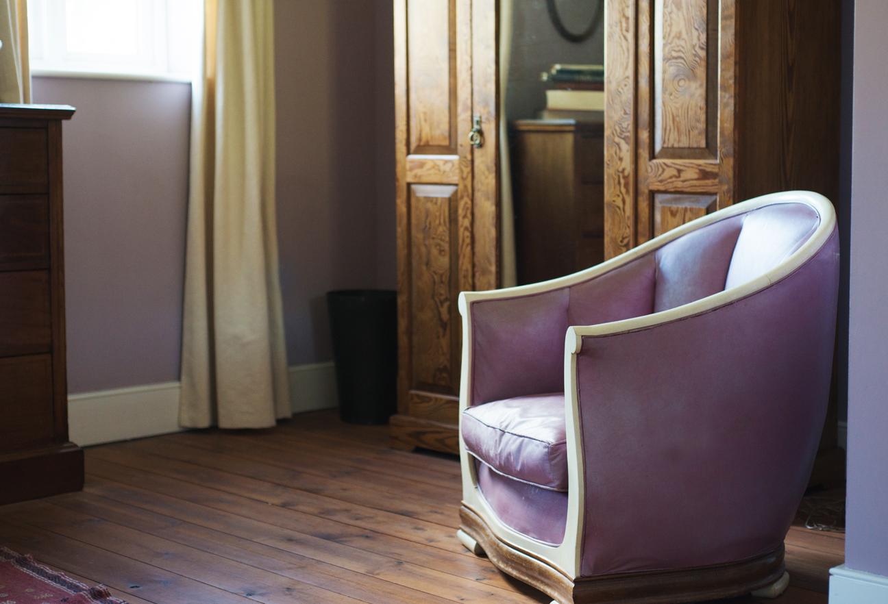 purple_chair_loyton.jpg