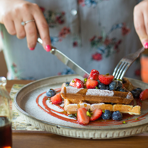 Loyton-Lodge-breakfast-waffles.jpg