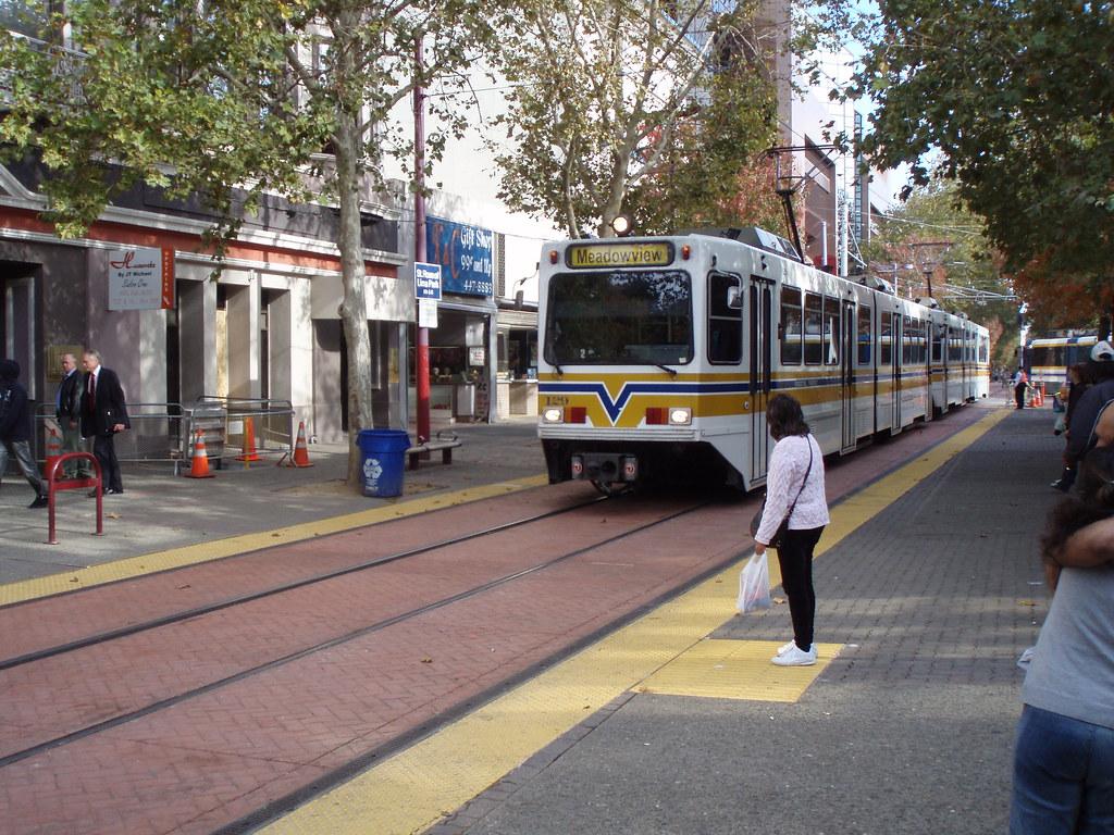 LightRail Sacramento.jpg