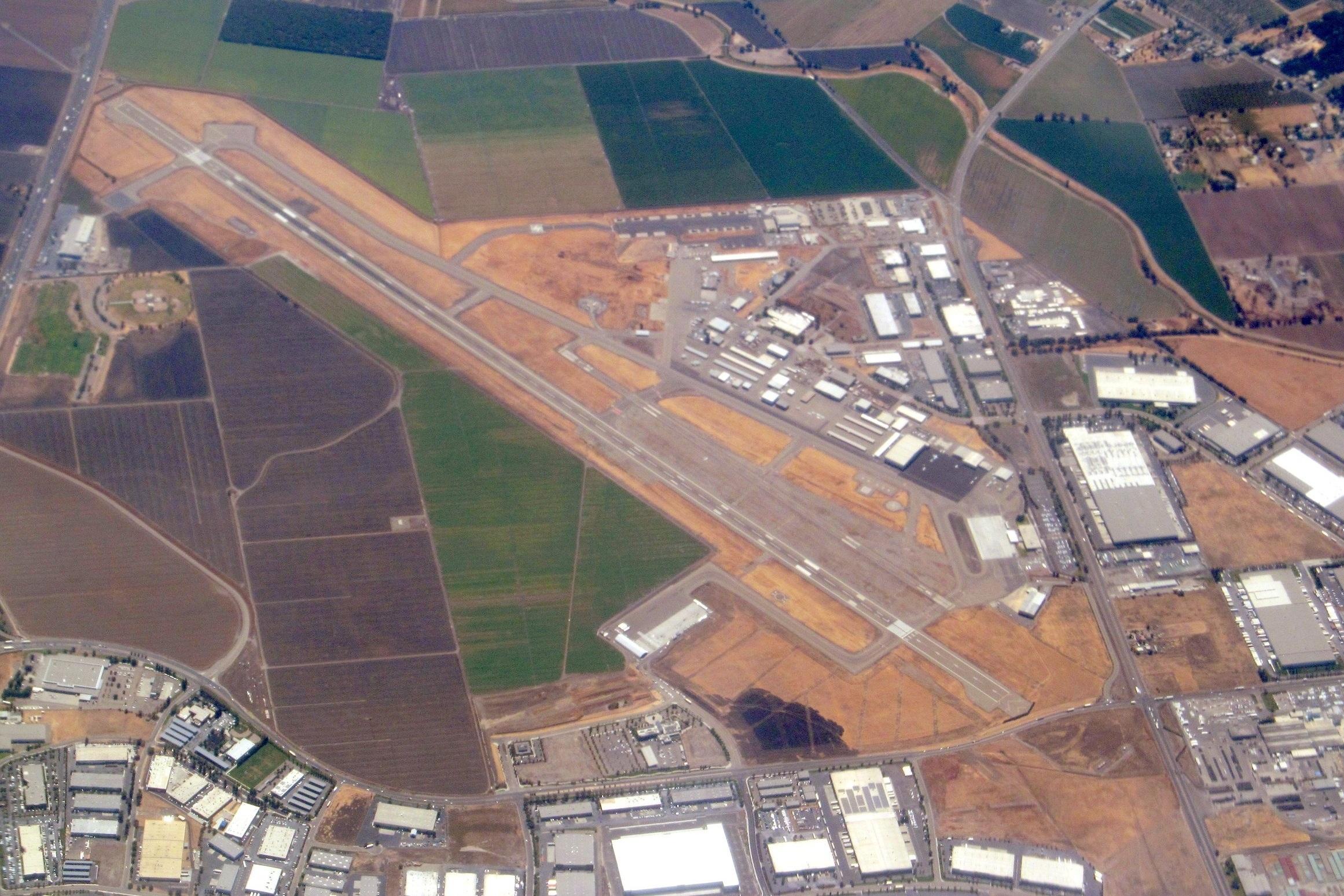 Stockton Metropolitan Airport (SCK) - 53 Miles from Sacramento