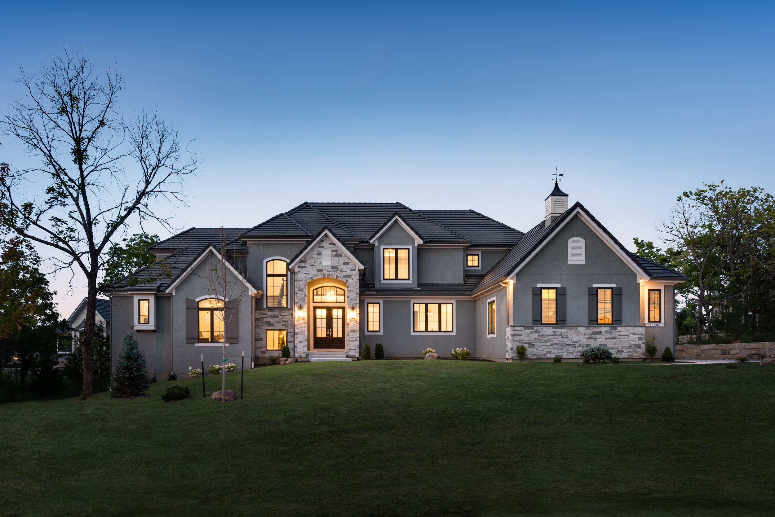 25286 W 106th Ter, Olathe-2.jpg