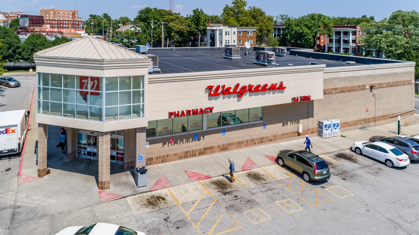 Walgreens on 39th-3.jpg